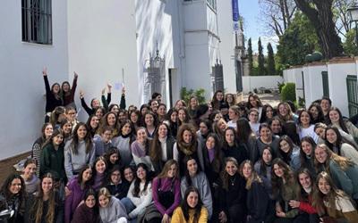 las alumnas de la preu celebran el dia internacional de la mujer
